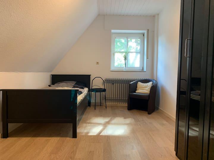 Zimmer, Einzelzimmer, Gemeinschaftswohnung, Lingen