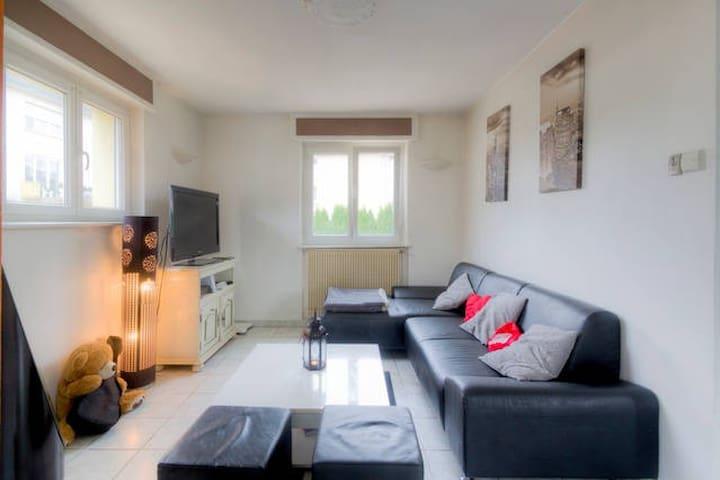 appartement calme et proche centre - Remiremont - Wohnung