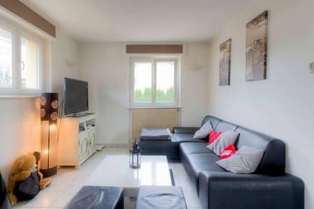 appartement calme et proche centre - Daire