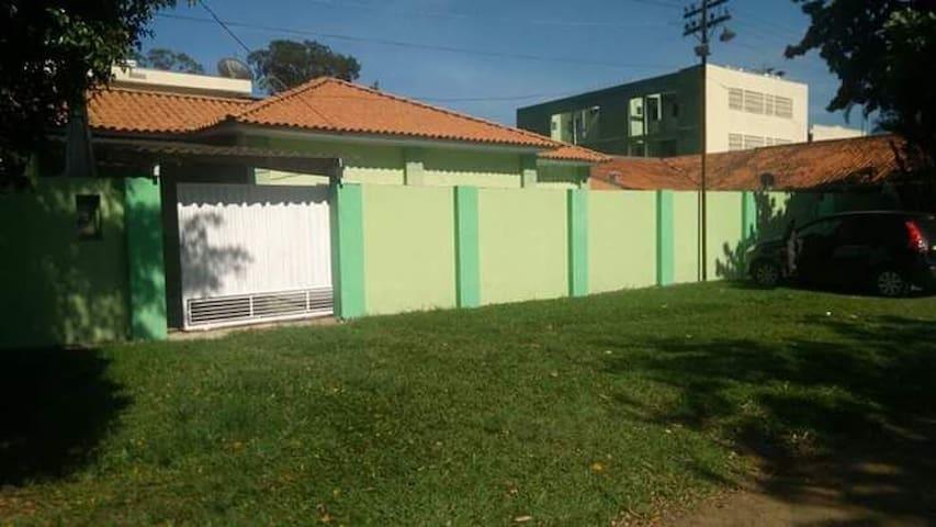 casa com piscina centro de nova odessa