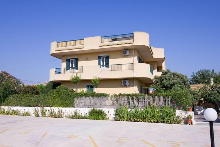 Charmant appartement à Santa Maria del Focallo près de la plage