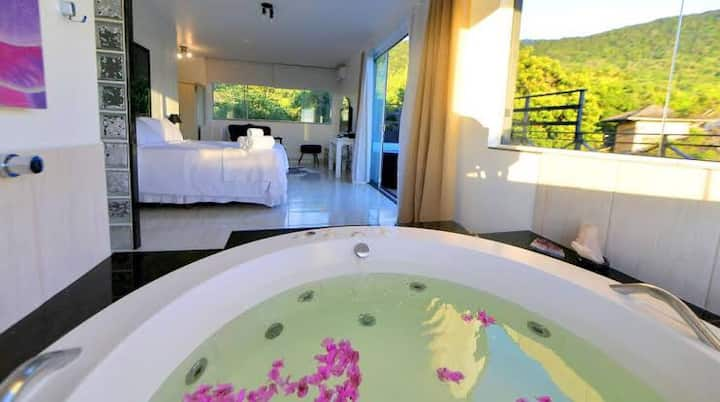 suite Splendora jacuzzi no quarto+piscina varanda.