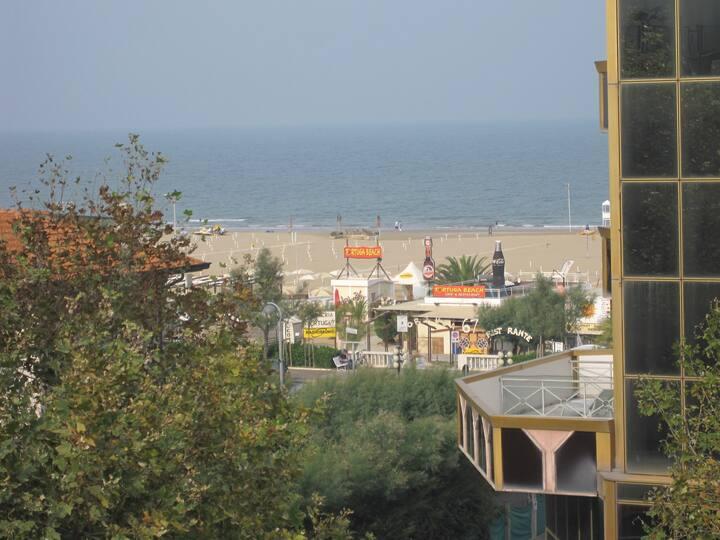 Rimini Mare zona Lagomaggio-Centro Studi TRILOCALE