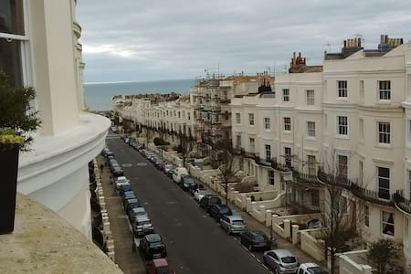 Beautiful central Hove flat close to seafront - 霍夫 - 公寓