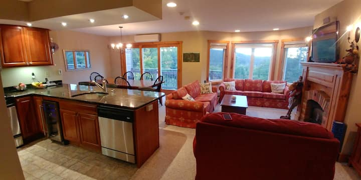 2BR 2Bath Jay Peak ski in/out condo with a view