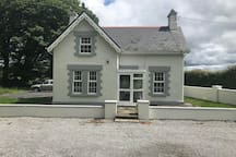 The Gate Lodge. Parking to the rear and front of The Gate Lodge