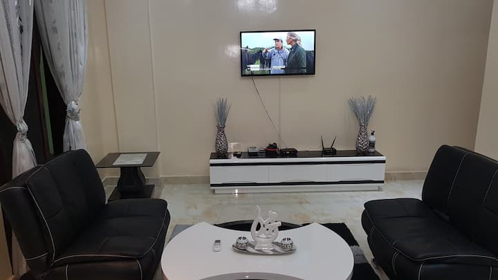 Apartment Cherif 2- High end luxurious apartment
