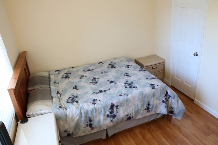 Cozy Private Room near Apple Park