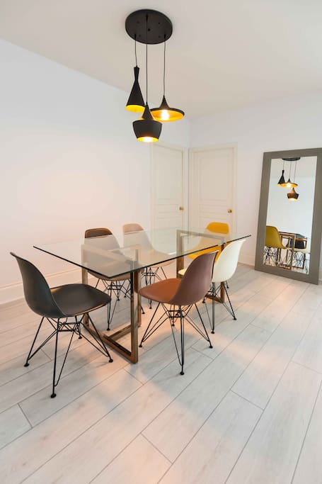 Modern glass dining table for 6 people