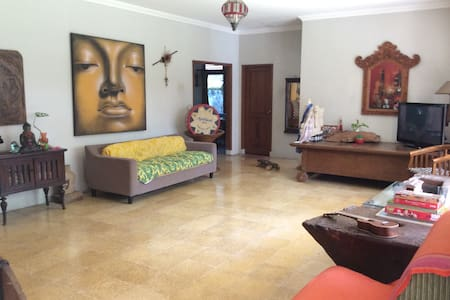Yoga Villa in Bogor City~Yoga Class~Free Breakfast