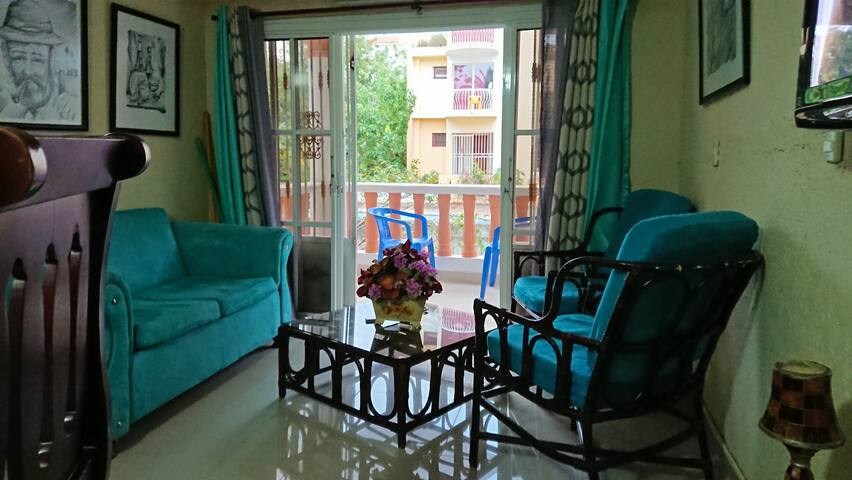 Close to Beach, One Bed Apartment with A/C