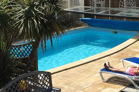 top 20 des location villa vacances olonne sur mer airbnb olonne sur mer. Black Bedroom Furniture Sets. Home Design Ideas