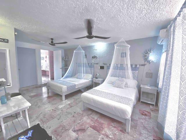 Room 4/6 people 5^Avenue