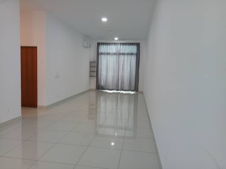 Nice location and peaceful living environment
