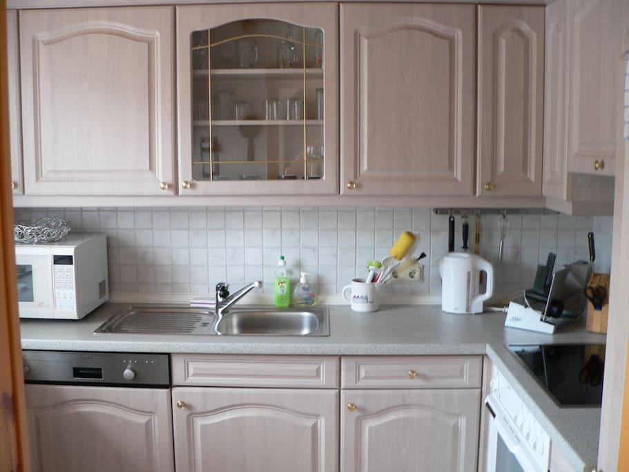 Küche voll ausgestattet