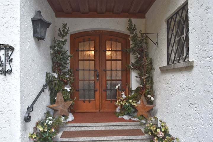Congenial Apartment in Weißenbrunn with Garden and Barbecue