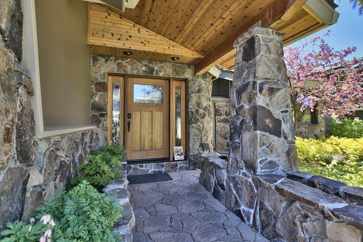 Tahoe Waterfront Luxury Lodge - Eteläinen Lake Tahoe - Talo