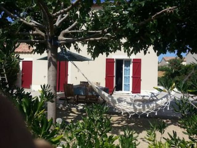 Narbonne-plage. Villa, 200m from the beach