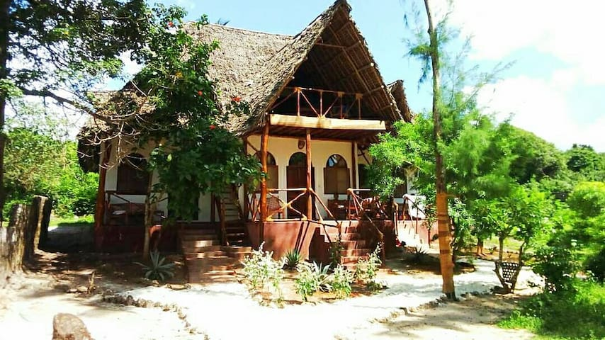 Lazy Beach House Zanzibar  (1+1)