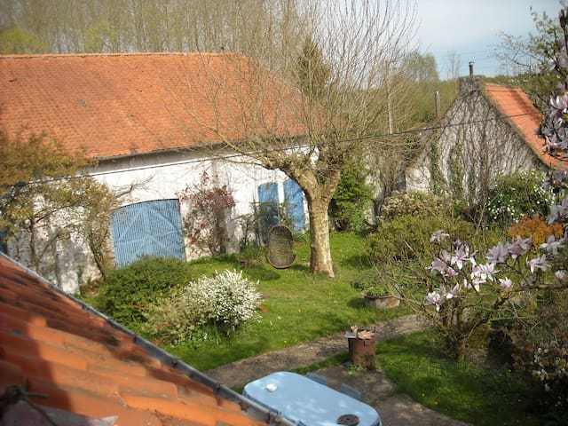 Old farm in the heart of Flanders - Morbecque - Casa