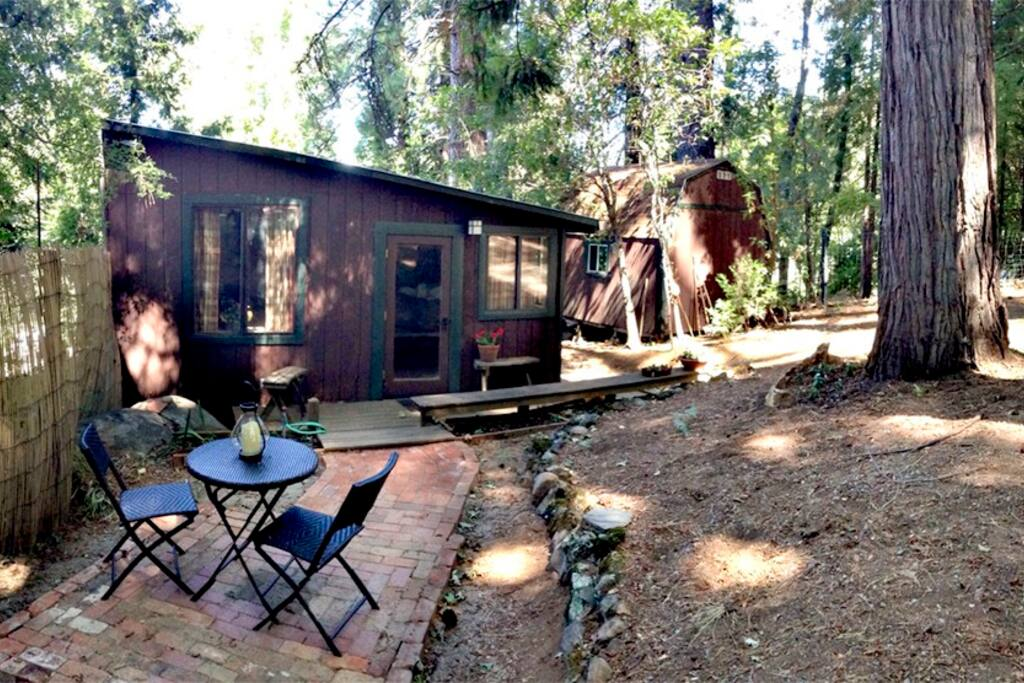 Country lane cabin near town cabins for rent in nevada for Yuba river retreat cabins
