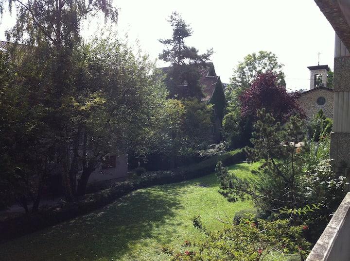 Zürich Oerlikon, bestens gelegen und ruhig  (102)
