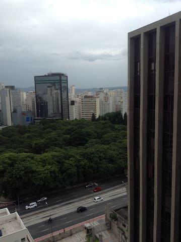 Ótima localização - perto do metrô Paulista