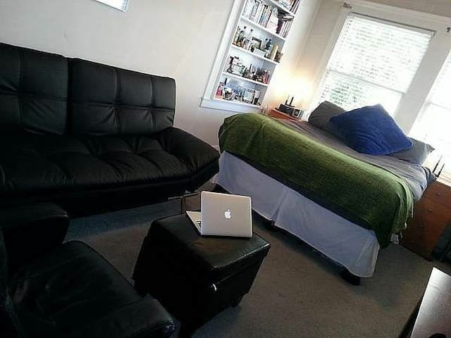 Clean studio in very city center - Quimper - ที่พักพร้อมอาหารเช้า