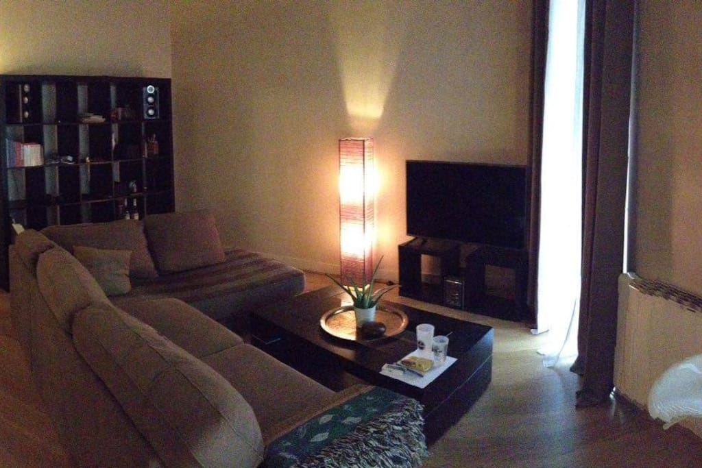 Appartement saint michel apartments for rent in bordeaux for Appartement bordeaux st michel