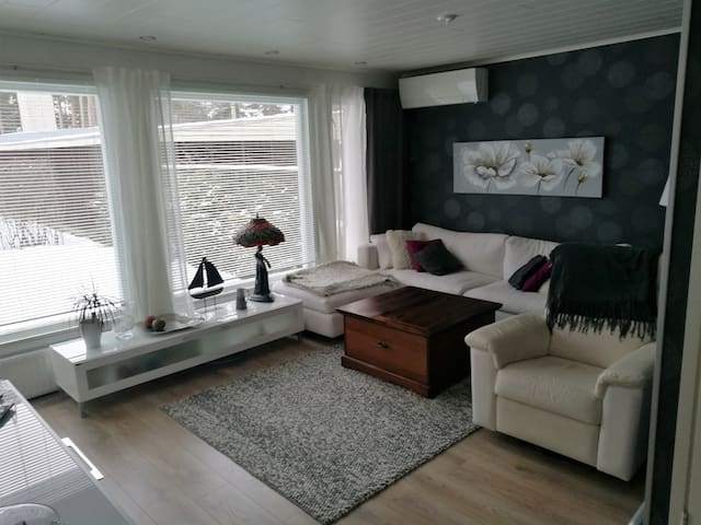 Beautiful 2 bedrooms apartment near to city center