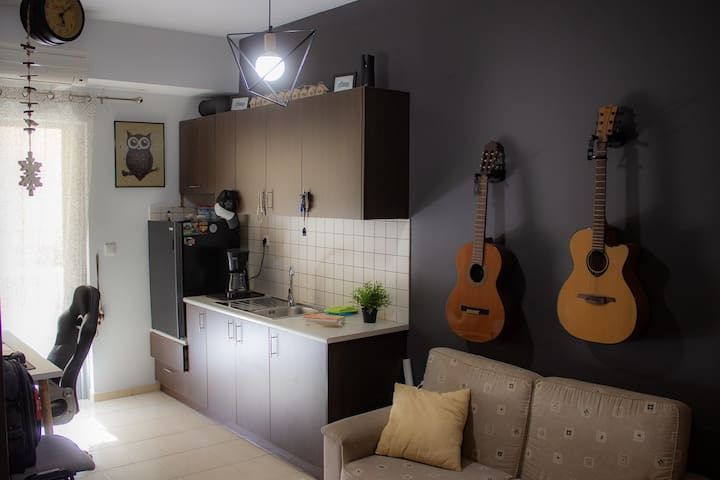 Minimal Designed Home (Near AIRPORT)