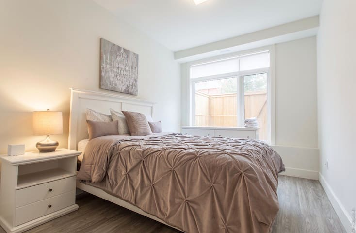 Rooms To Rent At Sunnyside Ottawa