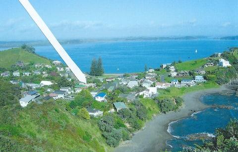 Travellers' Coastal Rest