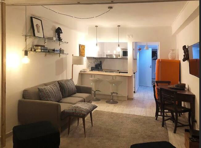 Apartamento totalmente remodelado em Cascais