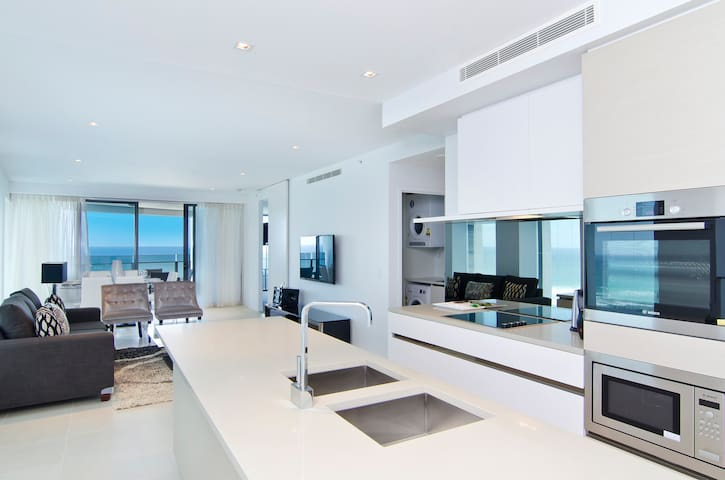 Soul 3 Bedroom Ocean View Apartment - Surfers Paradise - Wohnung