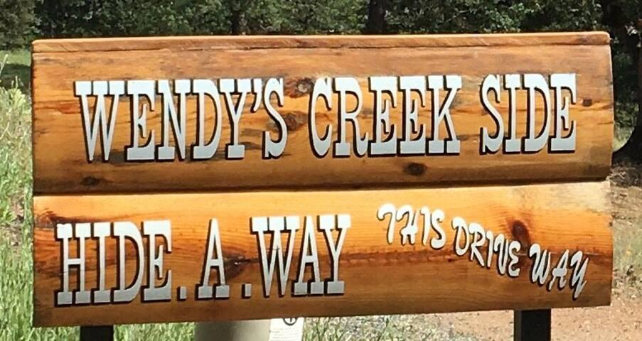Wendys Creekside Hideway