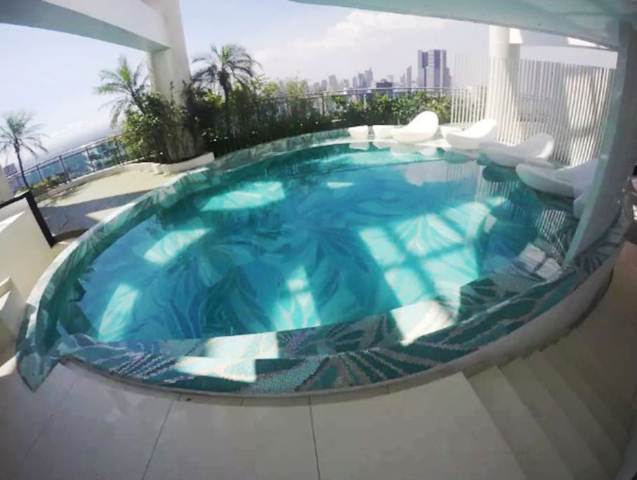 Pool with whirlpool beds (For Owner and tenant only)
