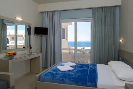 VillaAlexander lux Studio Seaview - Chania - Apartment