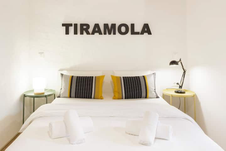 Tiramola West Room - Trogir Old Town - Free Parking