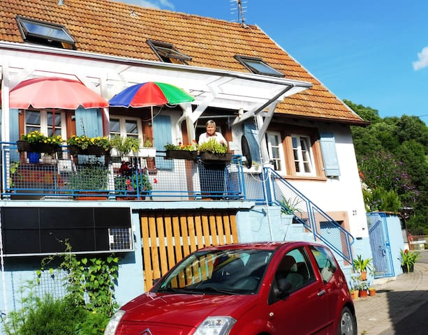 Pfalzhaus als Ferienhaus im Trifelsland