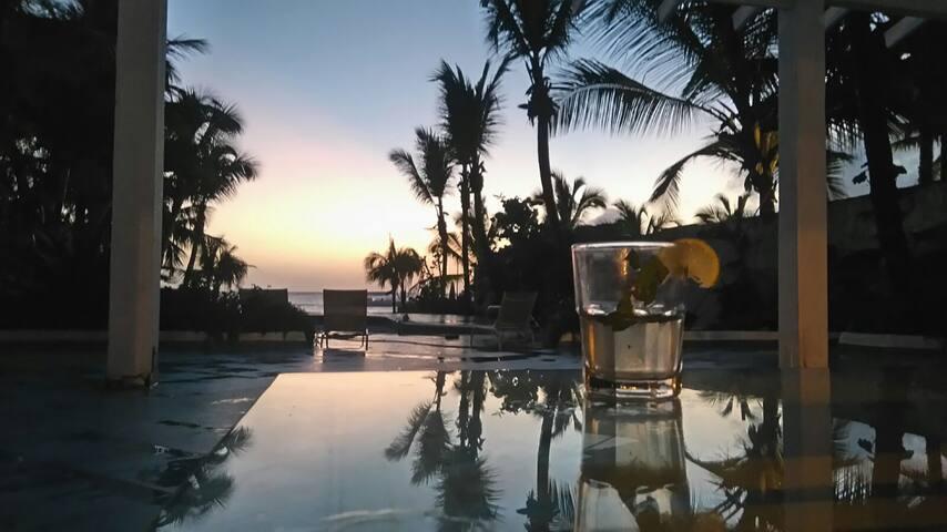 Habitación privada fruente mar terraza y piscinas - Dominicus - Villa