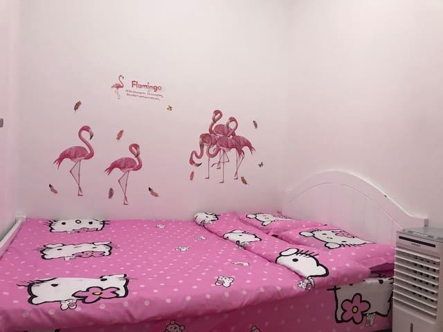 粉色1.5.米双人床