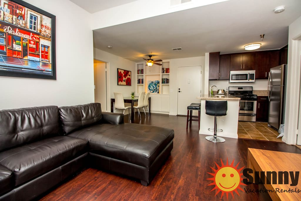 Beautiful 2 Bedroom and 2 Bath in KTown