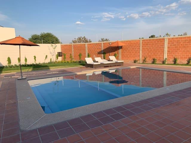 Bonita casa nueva al sur de León, Gto.