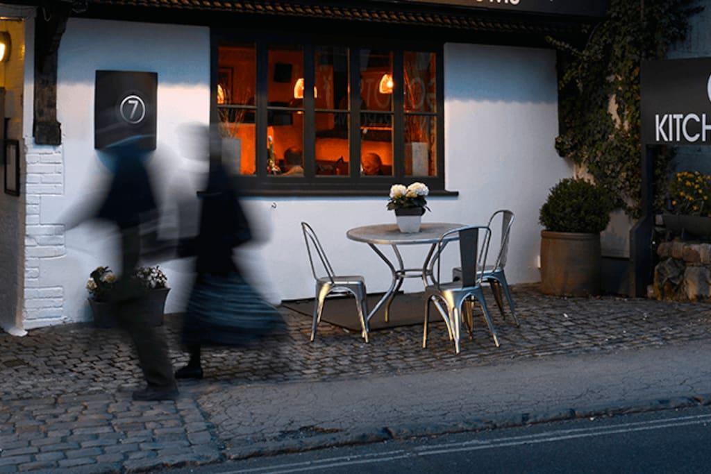 No7 Restaurant & rooms