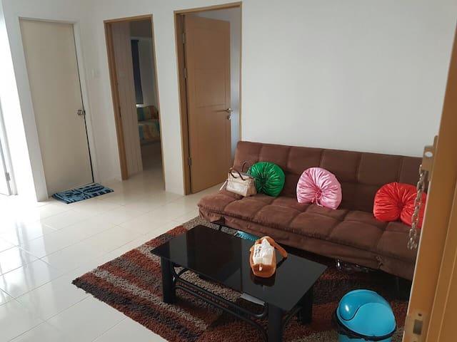 Cozy Apartment in East of Surabaya! - Surabaya - Wohnung