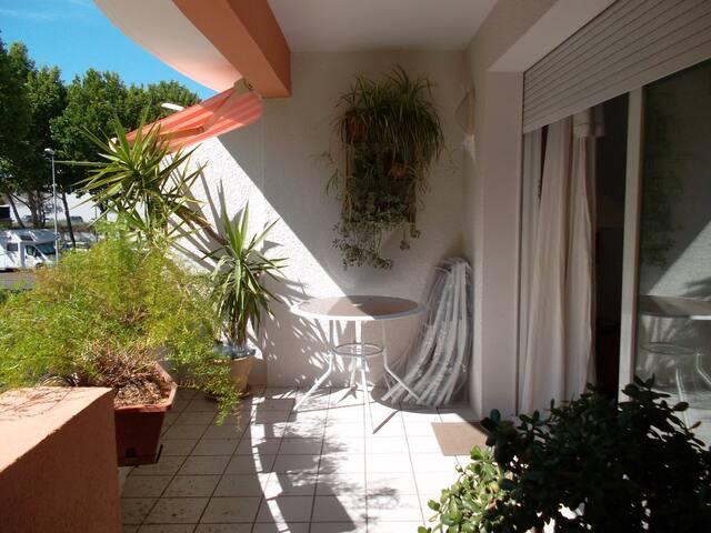 appartement 100m2 avec terrasse et parking