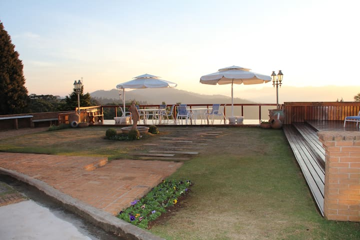 Sonho na Suíça brasileira - Campos do Jordão  - Appartement en résidence