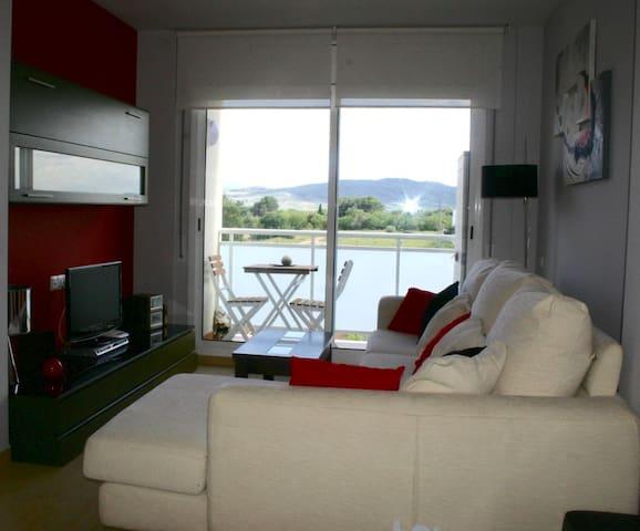 Apartamento con encanto, perfecto para el relax. - Santa Bàrbara - อพาร์ทเมนท์