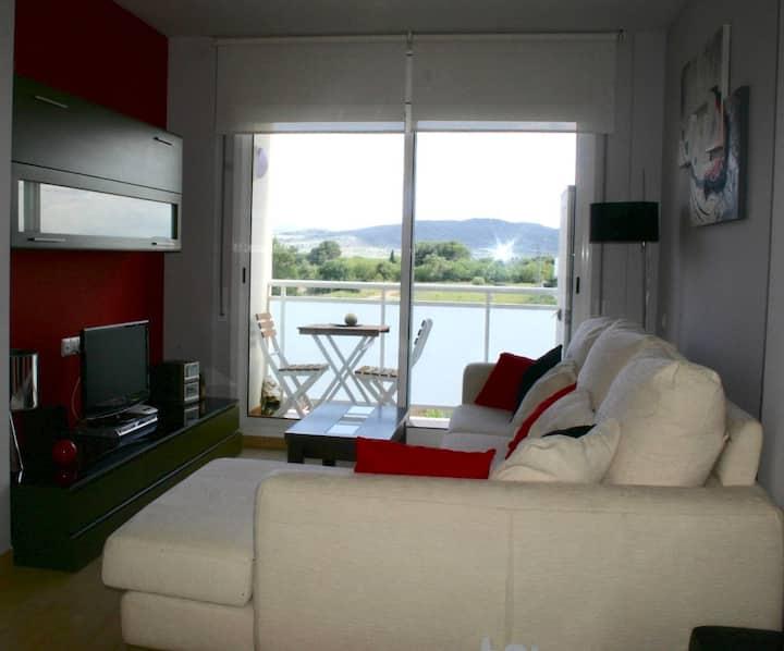 Apartamento con encanto perfecto para relajarte.